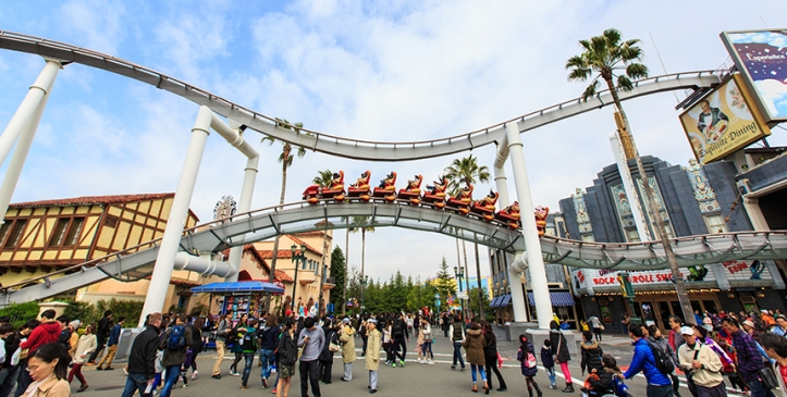 Universal-Studios-Japan-rooler coaster